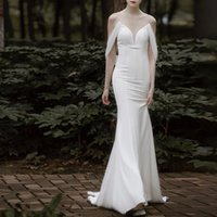 French satin brigade patted light wedding dresses fishtail 2021 new bride simple waist show thin one sheer neck dress