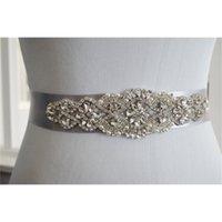 Maßgeschneiderte exquisite schwere Perlen-Hochzeitsgürtel für Braut Hochzeitszubehör Perlen Strass-Kristalle Hochzeitsschärpen mit Band