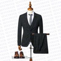 Designer Mens Suits Jackets Vest Pants 3pcs Set Charm Male Business Blazers Men Party Wedding Dress Suit With Triangle Badge