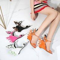 2021 디자이너 여성 검투사 샌들 웨지 하이힐 결혼식 불꽃 숙녀 파티 신발 여름 버클 고양이 산책 크기 34-45