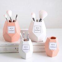 Maquillage Brosse Céramique Stockage Botte de rangement en céramique Rose Bouteille de stockage cosmétique Organisateur Porte-stylo de bureau Conteneur en céramique 4541 Q2