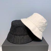 Fashion women's Bucket Hat Women's baseball cap channe fisherman hat Bucket Hat collage high quality.061