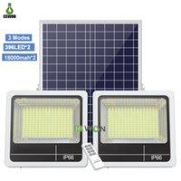 Solar Flood Light LED Tête Double Tête Lampes de mur 60w 90W 160W 200W 280W 350W Spot de plein air à l'eau extérieure pour Courtyard Garden Street avec télécommande