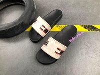 2021 zapatos de mujer de los hombres de verano de moda de verano, plana, zapatillas, zapatillas, chanclas, tamaño 36-45 ljw gucci