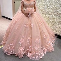 2022 Romantic Blush 3d Flowers Ball Gown Quinceanera Prom Dresses with Cape Wrap Caftan Beaded Lace Long Sweet 16 Dress Vestidos 15 Anos