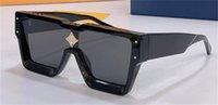 2021 Catwalk Stil Mode Sonnenbrille Z1458 Quadratische dicke Platte Rahmenlinse mit Kristalldekoration Avantgarde Design Outdoor UV400 Schutzbrille