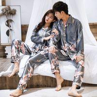 Caiiier 2021 зимняя пара пижамы набор Silk Loves Print с длинным рукавом спящие одежды мужчины женщины повседневная большие размеры влюбленные ночное белье M-5XL
