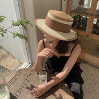 Sombreros de ala ancha 2021 Femenino Verano Sombrero de mujer estilo Hepburn Estilo Diseño Vintage Side Stebra Paja Color Playa Viaje Sol