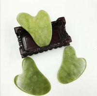 100 sztuk Kształt serca Naturalny Kamień Xiuyan Jade Guasha Gua Sha Tablica Masażu do złomowania Therapy Jade Roller