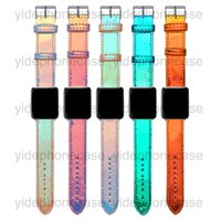 Buchstaben-Laser-Uhr-Armband für Appl 44mm 42mm 38mm 40mm Verstellbarer Riemen für IWatch-Bänder 5 4 3 2 Gitter-Muster Smart Watch-Träger