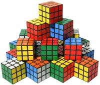 مصغرة مكعبات حزب لغز لعب 3x3x3 سحرية سرعة مكعب مع ألوان حية صالح اللوازم المدرسية لغز