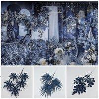 جديد الزهور الاصطناعية الزفاف ديكور الزفاف الأزرق الداكن سلسلة أنماط مختلفة السرخس العشب زهرة صف الطرق حفلات الزفاف المركزية EWA4480