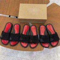 Шпильки энс красные нижние тапочки замки замшевые сандалии мужские женские напечатанные скольжениями плоские ботинки летние на открытом воздухе флип флоп лазерная полосатая сандалия 72lm 7irj