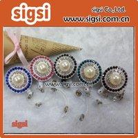 Pins, spille 100pcs rotondo perla rotonda perla retrattile ID Badge Holder Bobina / Nome card per decorazione regalo