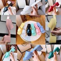Pantofole da donna di marca Designer di alta qualità Designer Donne Sandali Summer Fashion Gelay Scorribile con tacco alto Pantofole a tacco alto Lusso