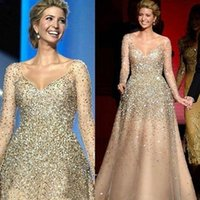 Luxury Champagne Beaded Crystal Sequins Prom Dresses Long Sleeves A-Line V Neck Formal Evening Gowns See Though Long Arabic Party