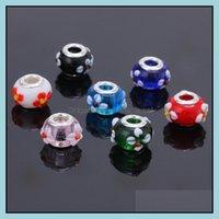 Jewelrymix allentato Colore 14mm Flower Flower Glass Big Hole Perline Charms Fit Europa Bracciali Collane Aessori Risultati dei monili Drop del