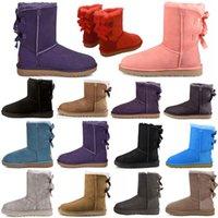 Дизайнерские классические WGG Boots Uggly Ugglis Shoes Bailey Uggs высокая кнопка триплет Австралия Женская женская ботинка зима снег австралийский мех пушистый лук для детей пинетки
