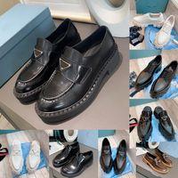 Platform Loafer'lar Tasarımcı Ayakkabı Yumuşak Dana Sneakers P Üçgen Kauçuk Siyah Parlak Deri Tıknaz Yuvarlak Kafa Sneaker Kalın Alt Ayakkabı Kutusu Boyutu 35-41