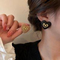Stud South Korea's Retro Love Earrings Temperament Simple Fashion Wild Personality Niche
