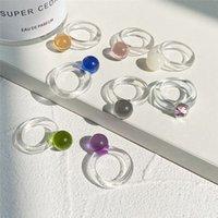 다채로운 투명 수 지 반지 아크릴 라인 석 기하학적 사각형 라운드 반지 여성용 보석 여행 선물