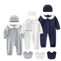 Boys Designer Romper 3PCS Установить младенческий хлопок с длинным рукавом звезда вышитый комбинезон детская одежда весна осень детей odreie с шляпой Bib C6996