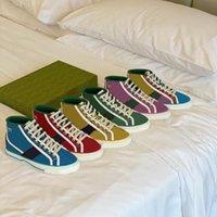 Mulheres Homens Casuais Sapatos Sapatilhas Letras Lace Up Bordado Mulher Clássica Moda FlatForm Canvas Shoe Top Quality