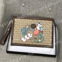 النساء المصممين المصممين أكياس 2021 أكياس القابض أدوات الزينة الحقيبة حقائب اليد المحافظ إيطاليا الرجال محافظ النساء محافظ الأزياء محفظة سلسلة الحقيبة الرئيسية