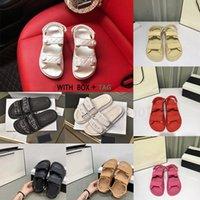 2021 Moda New Luxury Women Diapositivas Crystal Becerro Cuero Plataforma Quilted Sandals Square Sapatos Sapatos Planos Sandalias Tamaño 36-40