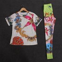 Сексуальные женщины Двухструктурные наборы с коротким рукавом шеи с коротким рукавом шеи футболки топы эластичные длинные леггинсы брюки женские напечатанные наборные женские костюмы E54