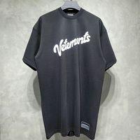Vetimentos de tamanho grande Camisetas Mulheres mulheres camisetas Logotipo de impressão de espuma bordado nas veterias VTM T-shirt