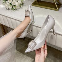 Luxury Dress Shoes Wedding White Satin Wedding Bride Sho French Drs Champagne Square Buckle High Heel