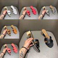 Sandals d'été sandales Beach Slippers Pantoufles Crocodile Cuisine Cuir Flip Flops Sexy Talons Sandali Mode Designs Orange Scuffs Chaussures