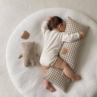 Pillows INS Bear Cotton Baby Bumper Bed Crib Cot Protector For Born Infant Soft Sleeping Pillow Bedding Comfort Cushion Room Decor