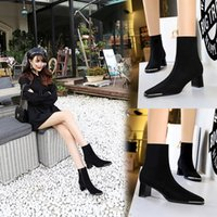 2022 top quality women's boots fashion horse clasp real leather black zipper high heels autumn Martin Knight boot show banquet women shoes