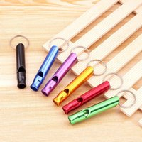 Holiday Party Geschenke Outdoor Metall Multifunktionale Pfeife Kreative Anhänger Schlüsselanhänger Notrufversorgungen