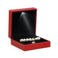 سوار مربع مربع الزفاف قلادة حالة القضية مع الصمام ضوء مجوهرات هدية 45BC الحقائب، الحقائب
