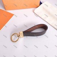 Moda de alta calidad llavero llavero llavero llavero llavero porte clef regalo hombres mujeres souvenirs coche bolsa con caja L8893