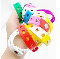 Braccialetto sportivo in silicone morbido braccialetto da polso 18 / 21cm Fit Shoe Croc Fibbia Fascino Accessorio per bambini Partito regalo gioielli moda per gli uomini donne all'ingrosso