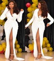 Bianchi African Girls Prom Dresses Sexy Sexy Deep Neck Scollo a maniche lunghe Appliques da sera Abiti da sera Sirena Mermaid 2021 Alto anteriore Split Rucchizzato Formale Partito Usura Plus Size AL9226