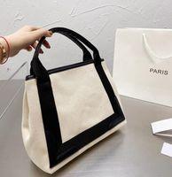 Klassische Leinwand Handtaschen Womens Designer Modeeinkaufstasche Große Kapazität Umhängetaschen Taschen mit Buchstaben Hohe Qualität