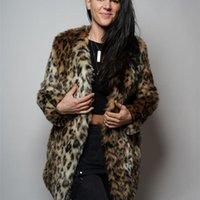 Frauenpelz-Faux Trodeam 2021 Mäntel für den Winter mit O-Neck-Halsbänder, intensiver Leopard-Druck Furr-langärmlige Jacken