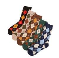 Commercio all'ingrosso stile vintage plaid calzini autunno inverno inverno multicolor di alta qualità lana maglia calzino calzino medio tubo medio outdoor addensare a base di freddo tengono calze calde