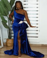 2021 Plus Size Arabic Aso Ebi Royal Blue Mermaid Prom Dresses Velvet High Split Sexy Evening Formal Party Second Reception Bridesmaid Gowns Dress ZJ337