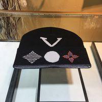 Cashmere Beanie Letter Printed Designers Caps Hats Mens Womens Fashion Luxurys Casual Bucket Hat High Quality Baseball Cap Winter Chapeau