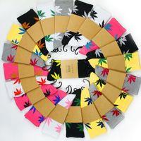33colors عيد الميلاد life الجوارب للرجال النساء جودة عالية القطن الجوارب سكيت الهيب هوب القيقب ورقة الرياضة الجوارب بالجملة