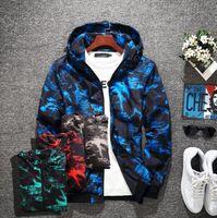 Moda Marka Tasarımcısı Ceket Erkek S COAT Rüzgarlık Tops Kamuflaj Kapşonlu Streetwear Slim Fit Erkek Giyim Beyaz Siyah Adam Bombacı Ceketler 4 Renk Büyük Boy M-5XL