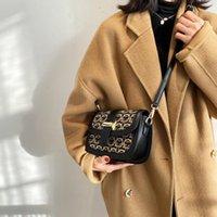 Gym Women Designer Bags Boston Bag Shoulder Fashion Mono Womens Pillow BANDOULIIERE Mini Inclined Handbag Crossbody Speedy Axpcc