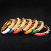 Trendige Goldfarben tropft Ölringe für Frauen Pave Setting Crystal Zircon Email Ring Hochzeit Engagement Schmuck Zubehör