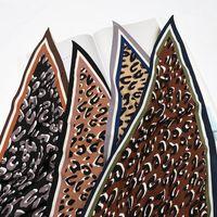 스카프 큰 삼각형 넥타이 스카프 동물 표범 인쇄 패치 워크 벨트 목도리 섹시한 머리띠 가방 핸들 장식